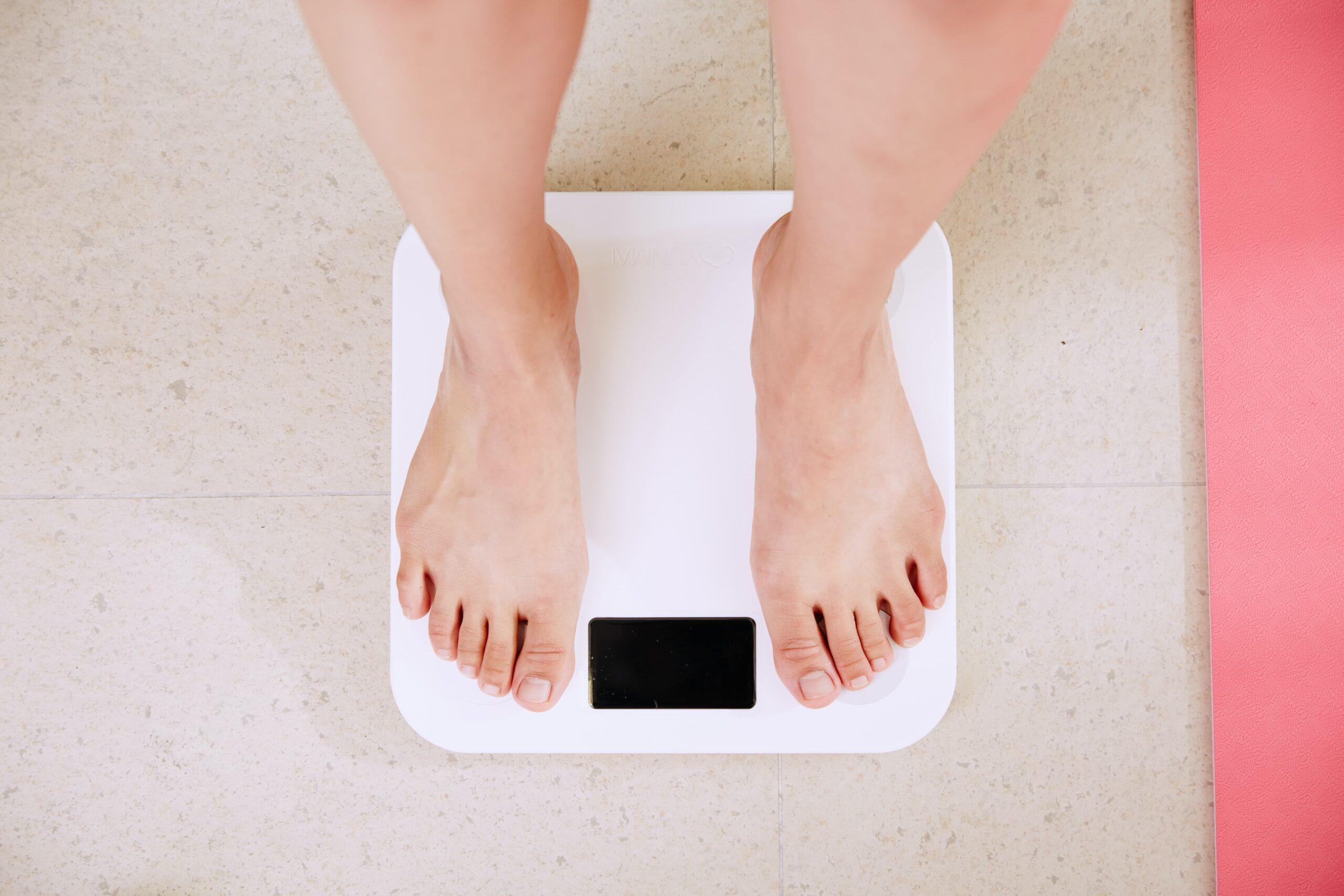 筋トレと食事制限どっちが大事?